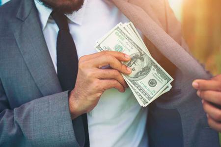 Ante una Boleta de Citación, No te Metas la Mano al Bolsillo