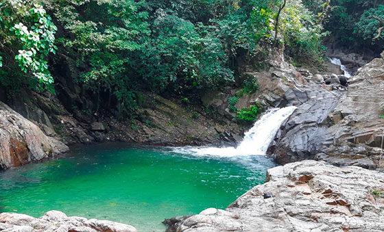 Conociendo Cascadas Cercanas y Hermosas