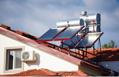 Panamá ofrece incentivos a empresas que inviertan en plantas de calentadores solares de agua